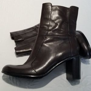 Via Spiga Chocolate Brown Boots NWOT